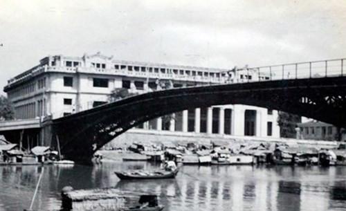 HCM市の古い橋 - ảnh 1