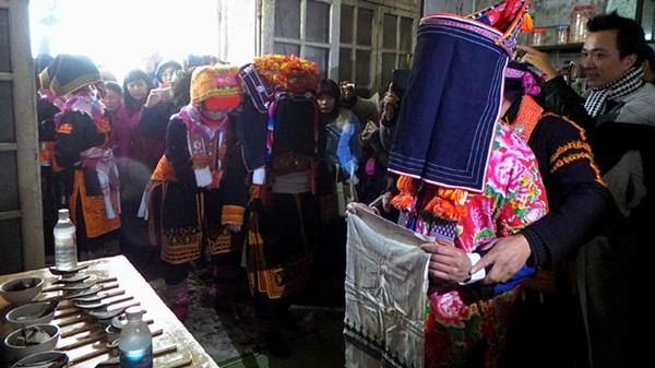 ザオ族の結婚式 - ảnh 5