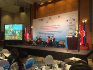 ASEAN経済共同体、女性実業家の便宜を図る - ảnh 1