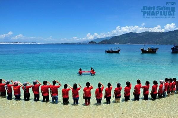 国の海と島へ向けてのボランティア運動 - ảnh 1