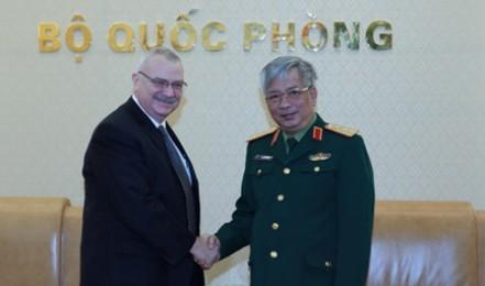ベトナムとアメリカ、国防産業で協力を強化 - ảnh 1