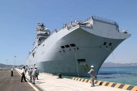フランスの軍艦、ベトナムを訪問 - ảnh 1