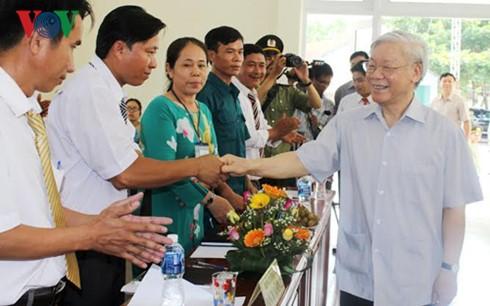チョン書記長、フーイェン省を視察 - ảnh 1