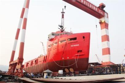 ハロン造船所、近代的石油ガスサービス運搬船を進水 - ảnh 1