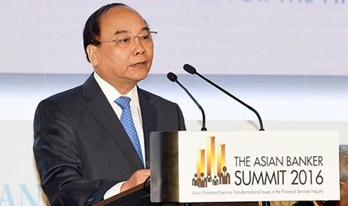 フック首相、第17回アジア銀行サミットに出席 - ảnh 1