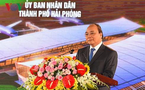 フック首相、カトビ国際空港の落成式に列席 - ảnh 1