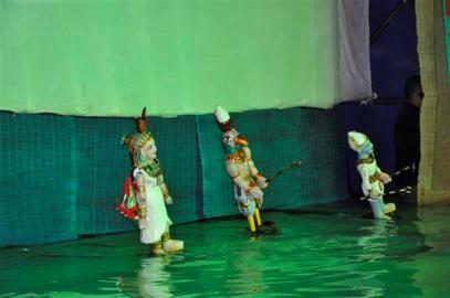 ベトナム水上人形劇、中東諸国で披露 - ảnh 1