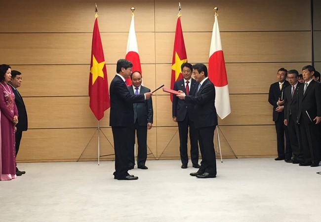 ANAがベトナム航空と資本提携 共同運航へ - ảnh 1
