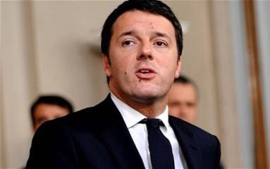イタリア国民投票 レンツィ首相が敗北認め辞任の意向 - ảnh 1