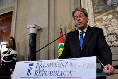 イタリア新首相にジェンティローニ外相 - ảnh 1