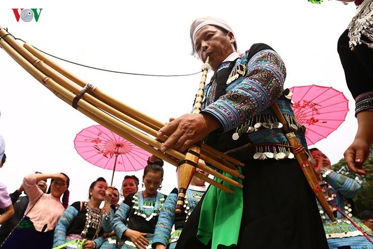 モン族の文化祭 - ảnh 6