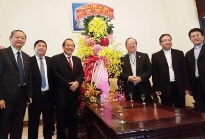 ビン副首相、プロテスタント教会を訪問 - ảnh 1