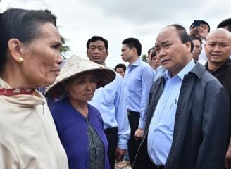 フック首相、洪水被災者へ早急な支援を要請 - ảnh 1