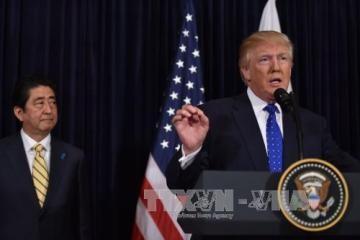 トランプ大統領 「100%日本を支持」 北朝鮮のミサイル発射で共同会見 - ảnh 1