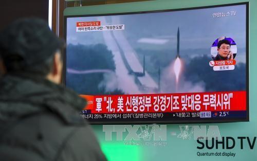 朝鮮民主主義人民共和国ミサイル「成功」 菅長官「総合的、専門的分析行っている」 - ảnh 1