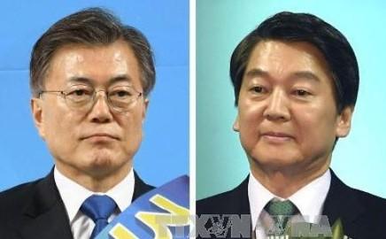 選挙運動、正式スタート=野党の「2強対決」-各候補が第一声・韓国大統領選 - ảnh 1