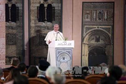 ISテロ現場で追悼=エジプト訪問のローマ法王 - ảnh 1