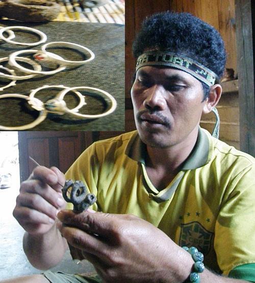 チュル族の婚約指輪 - ảnh 2