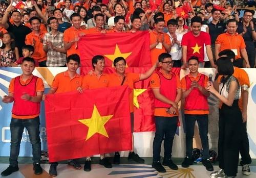 ベトナム学生、ABUロボコン東京大会で優勝 - ảnh 1