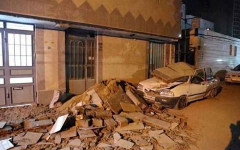 イラン西部 M7.3の地震 135人死亡 約1400人けが - ảnh 1