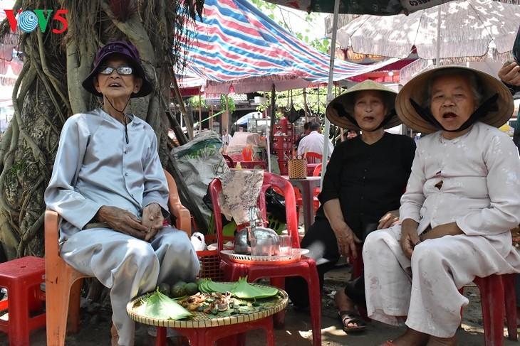 タイントオイチャン村の古き良き空間 - ảnh 3