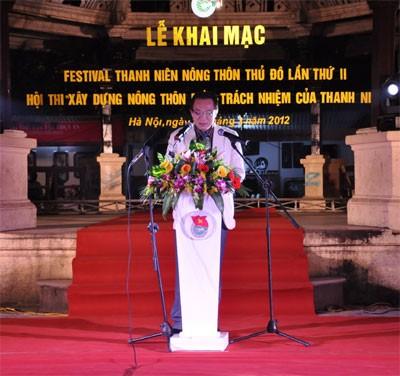 Festival ke-2 pemuda pedesaan Ibu Kota Hanoi dibuka pada Sabtu malam. - ảnh 2