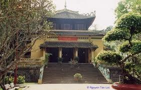 Banyak aktivitas telah diadakan di seluruh negeri sehubungan dengan Hari Haul Cikal Bakal Bangsa Raja Hung. - ảnh 1