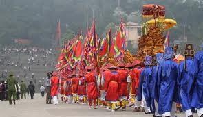 Upacara mengarak tandu berlangsung di Kuil Raja Hung. - ảnh 1