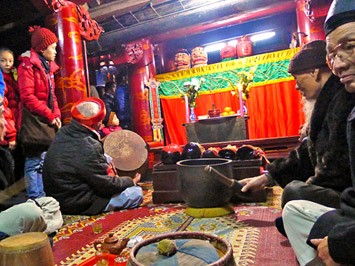 Wayang golek kepala kayu, ciri budaya yang khas di provinsi Nam Dinh, Vietnam Utara - ảnh 3
