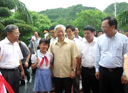 Sekjen Nguyen Phu Trong melakukan temu kerja dengan Badan Harian Komite Partai Komunis Vietnam dari kota Hai Phong - ảnh 1