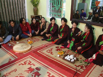 Adat menggalang persaudaraan, ciri budaya yang indah di pedesaan daerah Bac Bo - ảnh 3