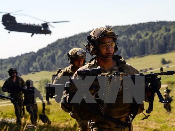 Rusia dan NATO memperkuat kekuatan militer - ảnh 1