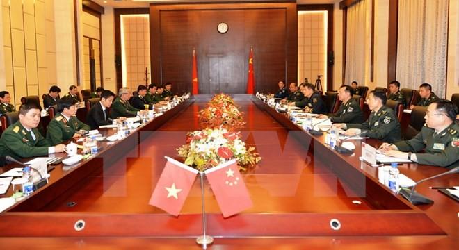 Vietnam-Tiongkok mengarah ke penandatanganan visi kerjasama pertahanan - ảnh 1