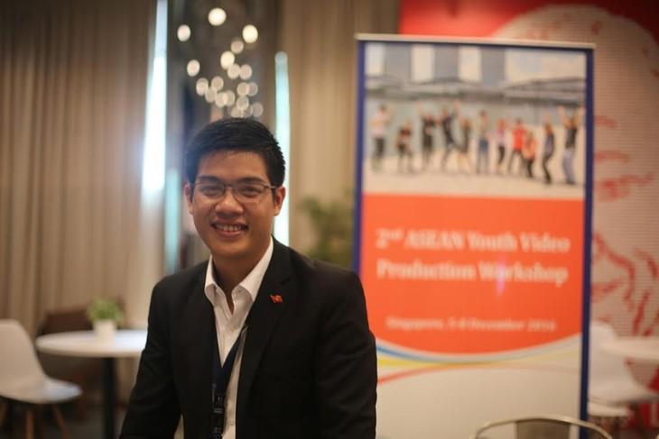Pemuda Phan Van Quyen mencapai hadiah pertama kontes ke-2 sinematograf muda Asia Tenggara 2016 - ảnh 1