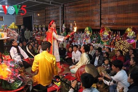 Mengkonservasikan dan mengembangkan nilai Pusaka Keyakinan Memuja Tri Dewi Ibunda di kalangan masyarakat - ảnh 1