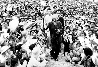 Fikiran, moral dan gaya Ho Chi Minh punya nilai fundamental - ảnh 1