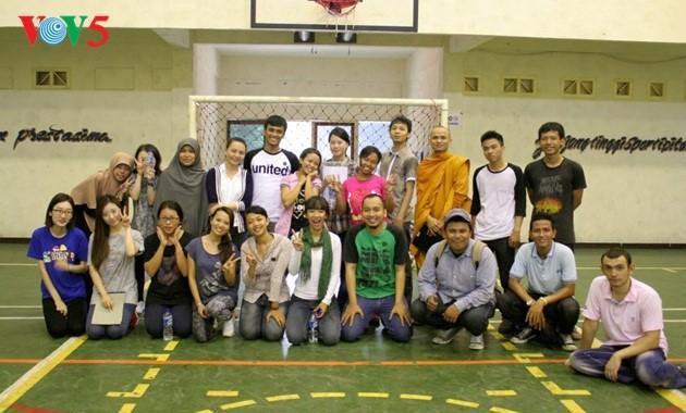 Darmasiswa: Satu peluang untuk mengalami pendidikan dan kebudayaan Indonesia - ảnh 3