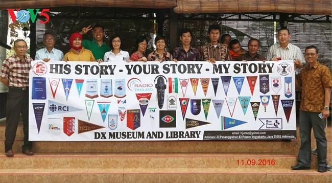 DX Musem&Library- Perasaan cinta dari Hazairin R Junep terhadap radio-radio seluruh dunia - ảnh 7
