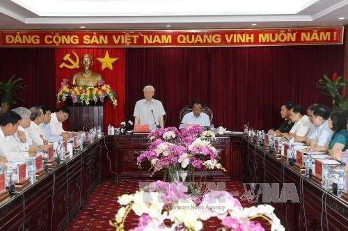 Sekjen Nguyen Phu Trong melakukan kunjungan kerja di provinsi Bac Kan - ảnh 1