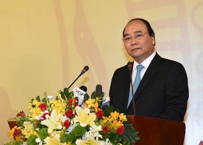 PM Nguyen Xuan Phuc melakukan temu kerja dengan Perusahaan Samsung Thai Nguyen - ảnh 1