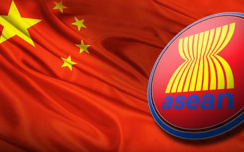 Konferensi Menlu ASEAN dan Tiongkok mengesahkan rancangan kerangka COC - ảnh 1