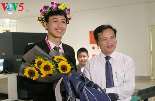 Nguyen The Quynh- Pelajar yang dua kali menggondol medali emas Olympiade Fisika Internasional - ảnh 1