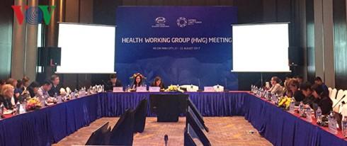 Kelompok kerja tentang kesehatan mempersiapkan isi pernyataan yang akan disampaikan di depan Pekan Tingkat Tinggi APEC 2017 - ảnh 1
