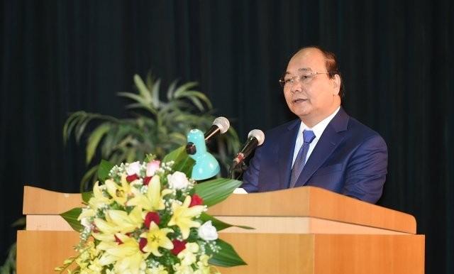 PM Nguyen Xuan Phuc menghadiri upacara pembukaan tahun ajar baru di Akademi Pertahanan - ảnh 1