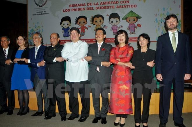 Komunitas ASEAN: Membuka Pekan Kebudayaan untuk memperingati ulang tahun ke-50 hari berdirinya ASEAN di Meksiko - ảnh 1