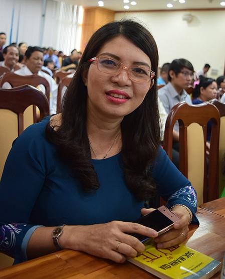 Luong Thi Minh Nguyet- Ibu guru yang gandrung dengan pembaruan - ảnh 1