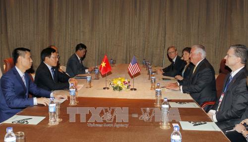 Deputi PM, Menlu Pham Binh Minh menemui Menlu AS, Rex Tillerson - ảnh 1