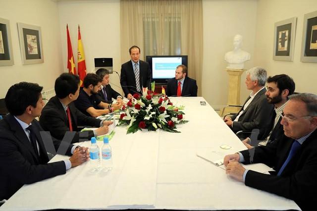 Vietnam anuncia informaciones sobre producción y exportación de pangasius - ảnh 1