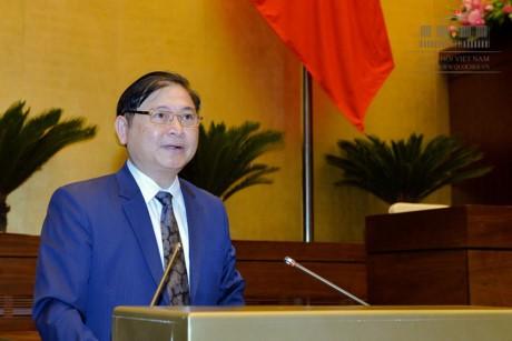 Legislativo vietnamita sigue la agenda de su tercer período con debates sobre la ley tecnológica - ảnh 1