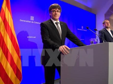 España: Cataluña enfrenta dificultades en vísperas de un referendo sobre su independencia - ảnh 1